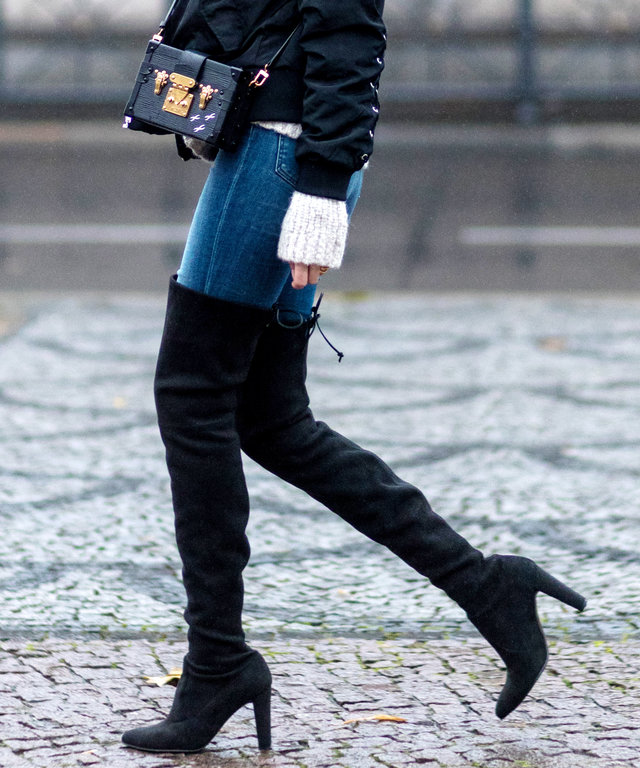 These Stuart Weitzman Boots (+ 5 More Pairs) Are Now 50% Off