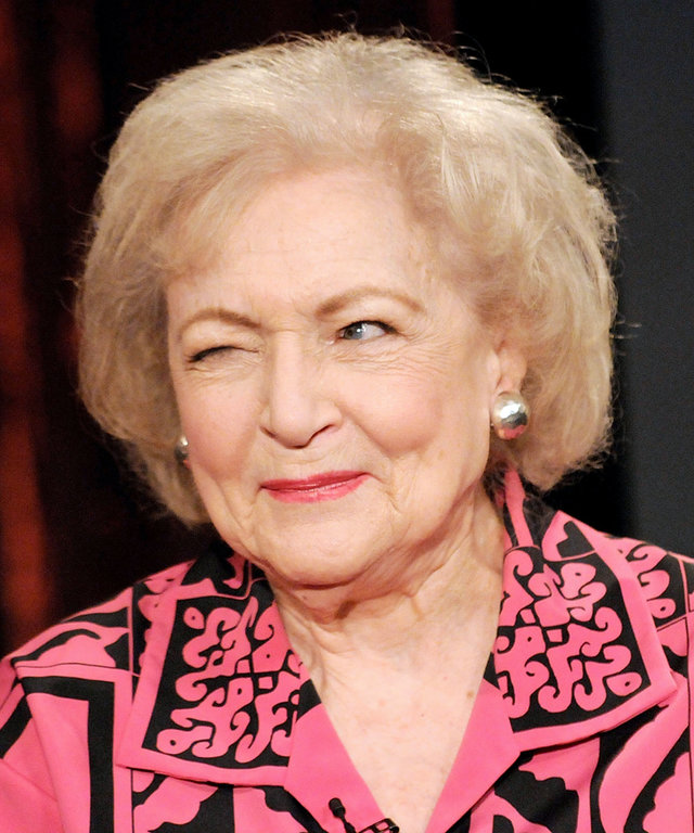 NEW YORK - JUNE 11:  Actress Betty White visits fuse's  No. 1 Countdown  at fuse Studios June 11, 2009 in New York City.  (Photo by Gary Gershoff/WireImage)