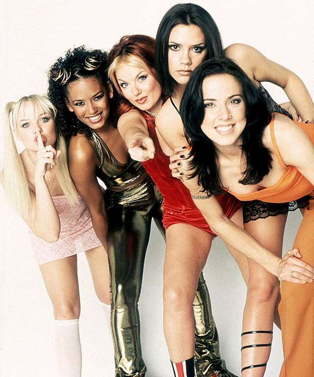 SPICE WORLD, Emma Bunton as Baby Spice, Melanie Brown as Scary Spice, Geri Halliwell as Ginger Spice, Victoria Beckham as Posh Spice, Melanie Chisholm as Sporty Spice, 1997, (c) Columbia/courtesy Everett Collection