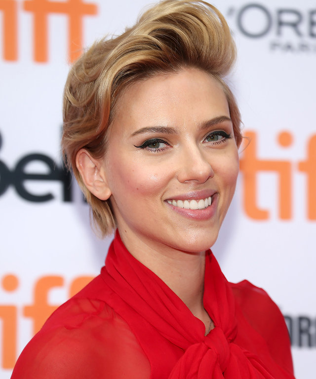 Scarlett Johansson Shares Planned Parenthood Story
