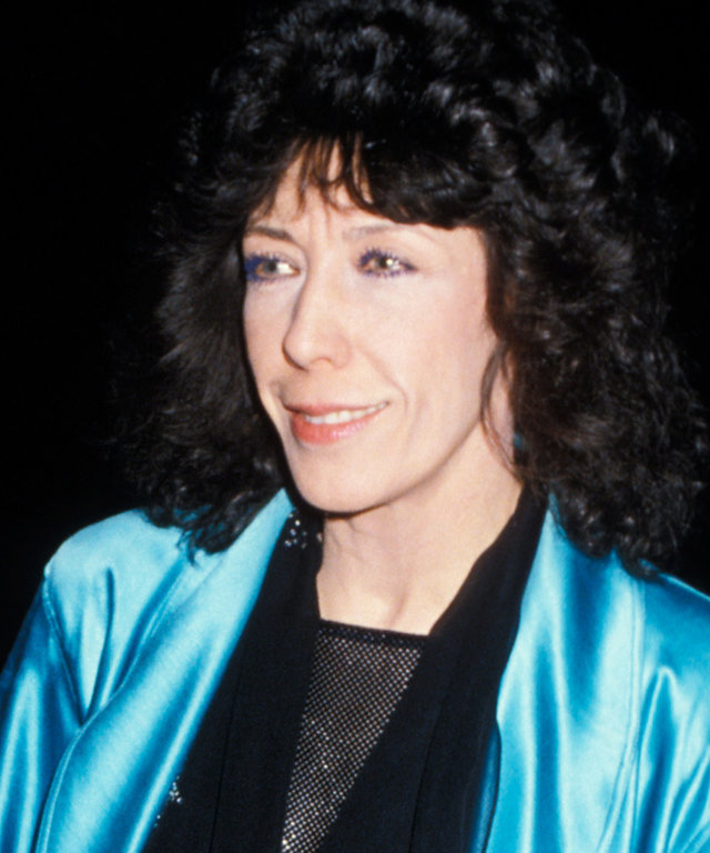 Lily Tomlin Has Been Rocking the Power Blazer for 40 Years