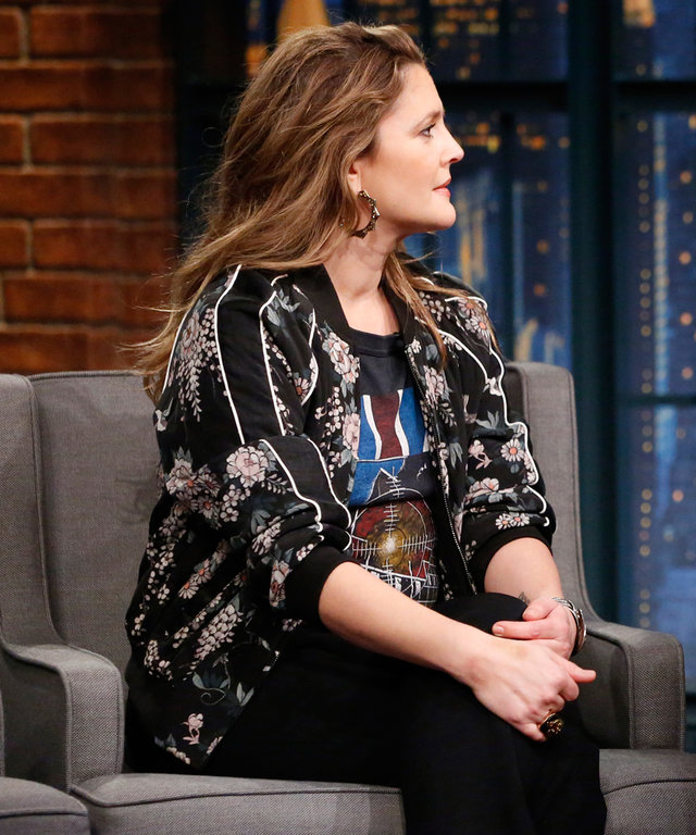 LATE NIGHT WITH SETH MEYERS -- Episode 487 -- Pictured: (l-r) Actress Drew Barrymore during an interview with host Seth Meyers on February 9, 2017 -- (Photo by: Lloyd Bishop/NBC/NBCU Photo Bank via Getty Images)