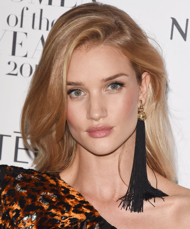 Every New Mom Needs Rosie Huntington-Whiteley's 5-Minute Makeup Routine