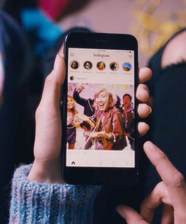 Instagram Just Launched the Ability to Upload Multiple Photos in One Post