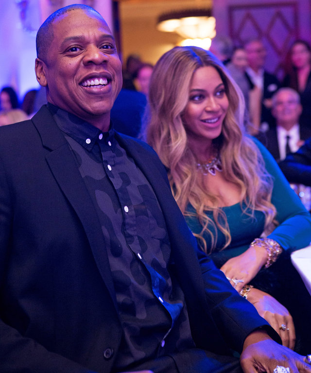 Beyoncé and Jay Z Surprise Guests at Pre-Oscar Party