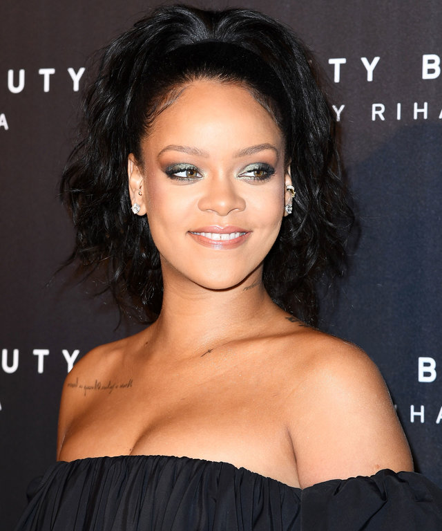 Celebs with Vibrators Rihanna
