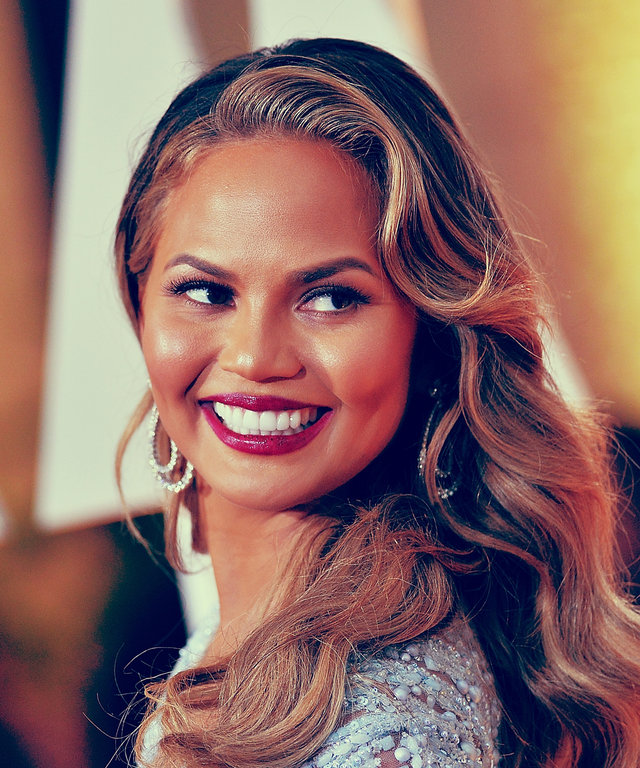 chrissy teigen knows who bit beyoncé