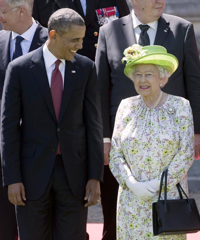 Queen Elizabeth Barack Obama lead