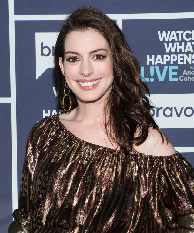 Anne Hathaway College: Beauty Tips, Celebrity Style And Fashion Advice From InStyle
