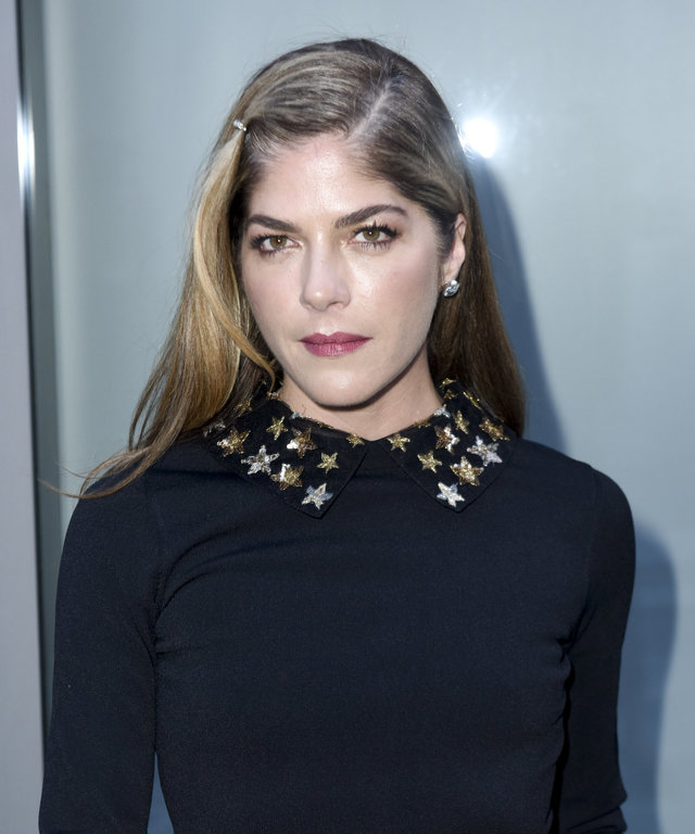 Selma Blair lead