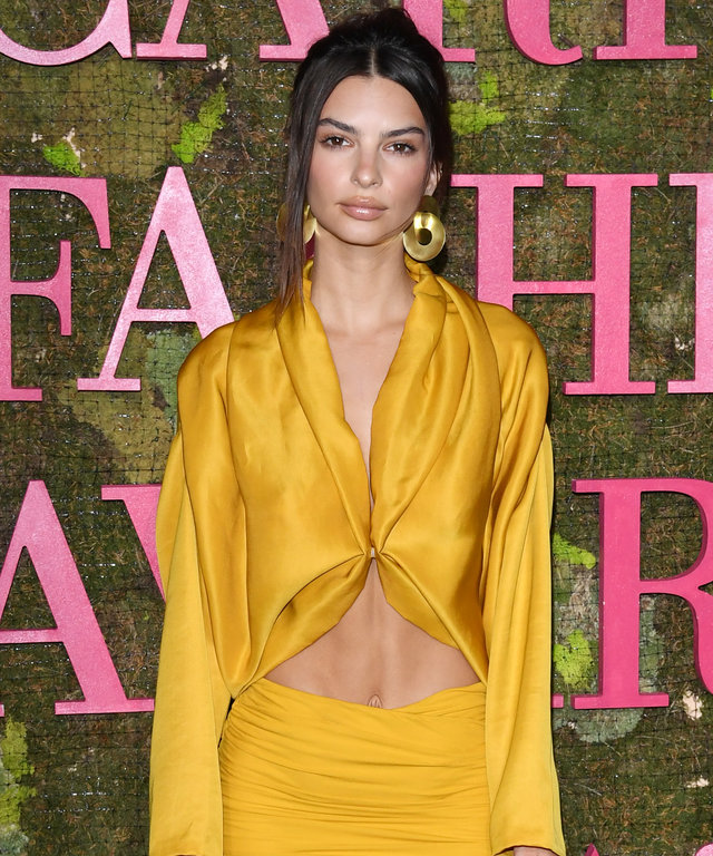 Green Carpet Fashion Awards Emily Ratajkowski