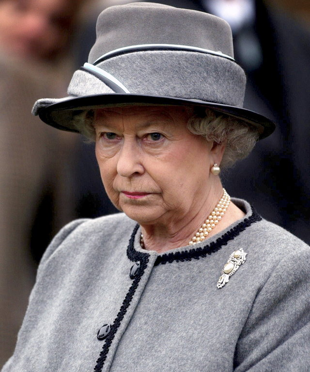 Queen Elizabeth angry lead