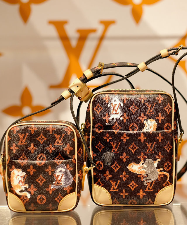 Louis Vuitton Catogram