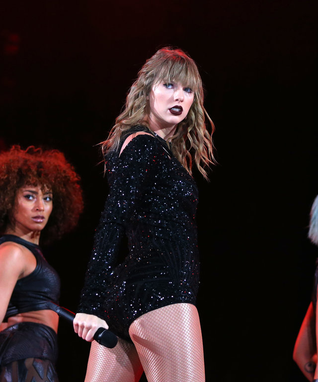 Taylor Swift reputation Stadium Tour - Auckland