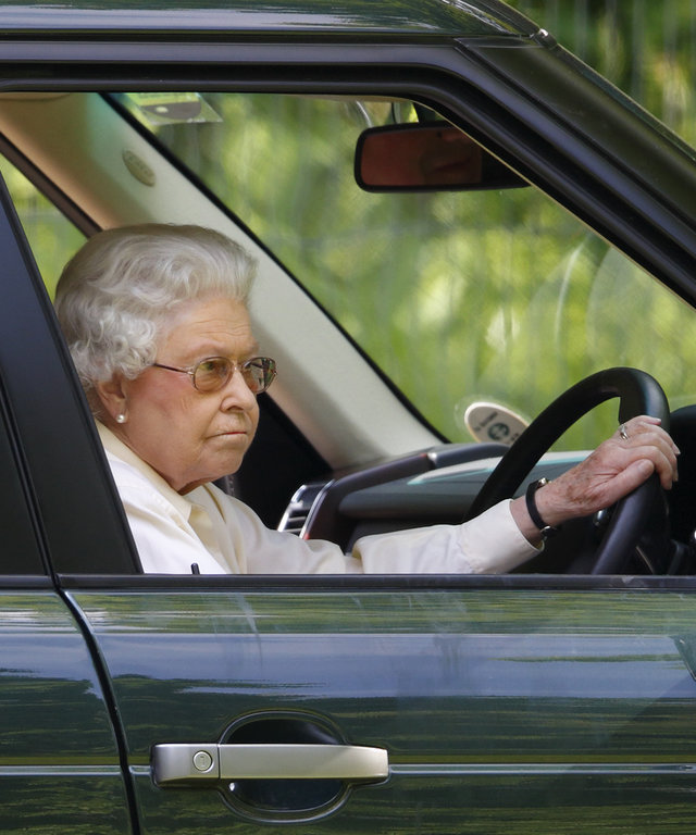 Queen Elizabeth driving lead