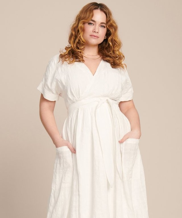 8efde4d7438b 15 Plus-Size Dresses That You ll Want to Wear Everyday