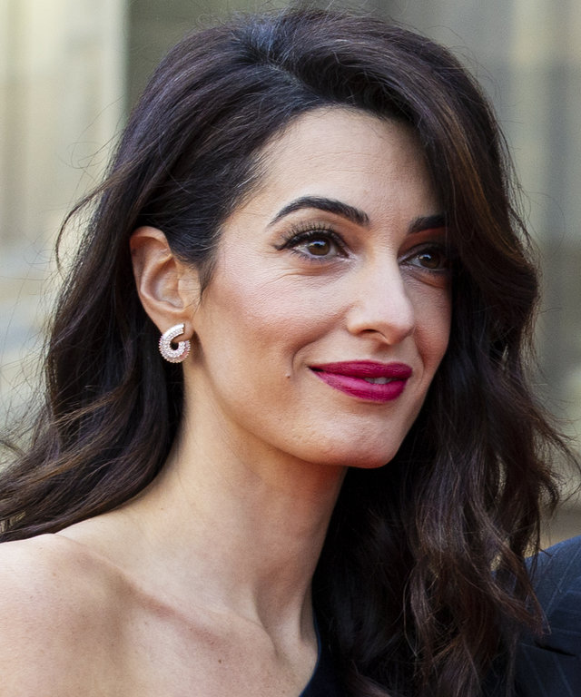 George And Amal Clooney in Edinburgh To Receive Charity Award
