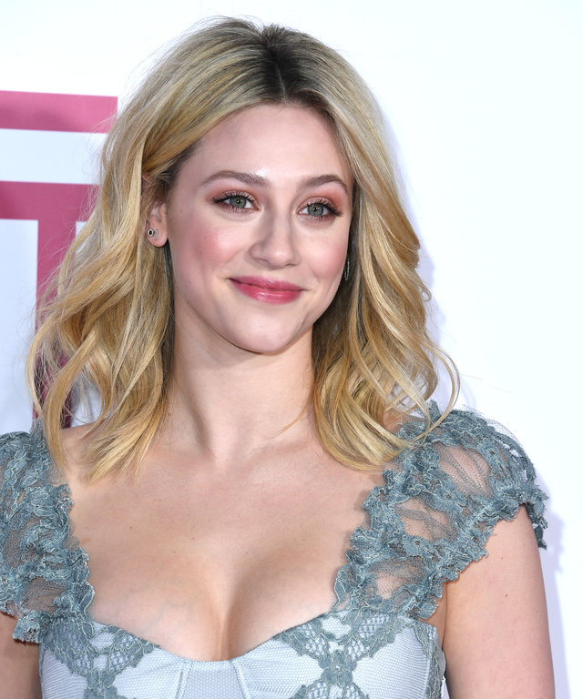 LOS ANGELES, CALIFORNIA - MARCH 07: Lili Reinhart arrives at the Premiere of Lionsgate's  Five Feet Apart  at Fox Bruin Theatre on March 07, 2019 in Los Angeles, California. (Photo by Steve Granitz/WireImage)