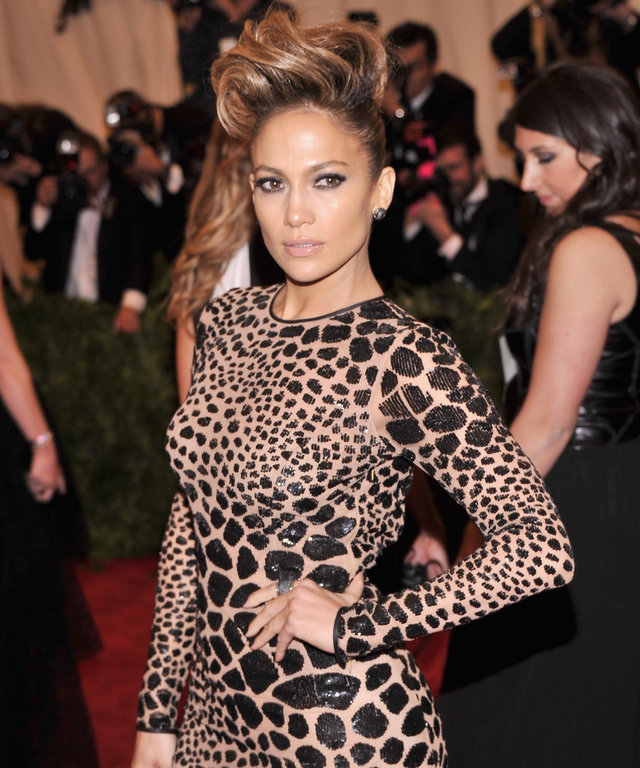 The Best Moments Of Katy Perry S Met Gala Hamburger Outfit: Jennifer Lopez