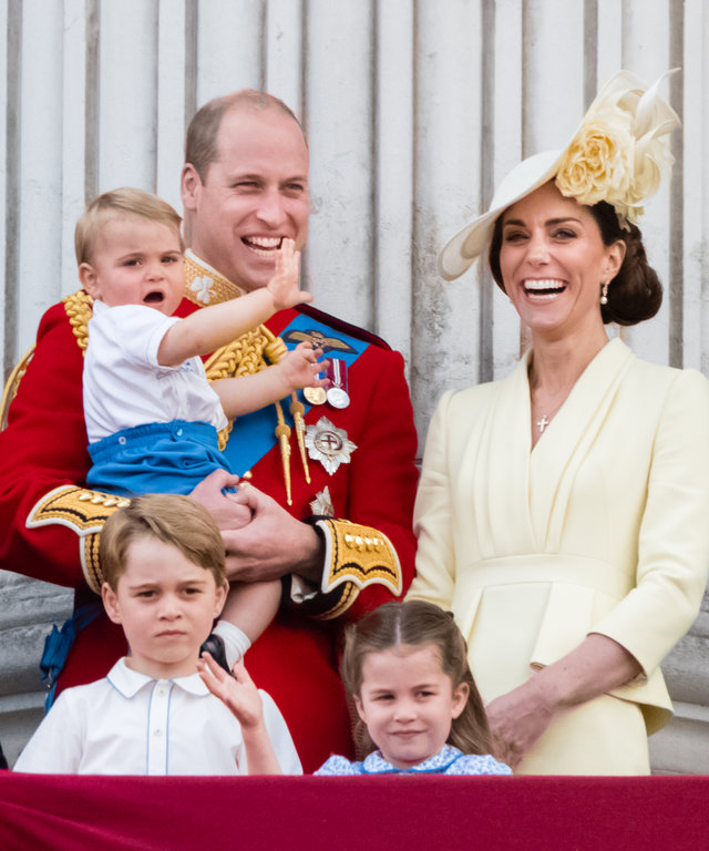 LONDON, ENGLAND - JUNE 08: Prince Louis, Prince George, Prince William, Duke of Cambridge, Princess Charlotte  and Catherine, Duchess of Cambridge appear on the balcony during Trooping The Colour, the Queen's annual birthday parade, on June 08, 2019 in...