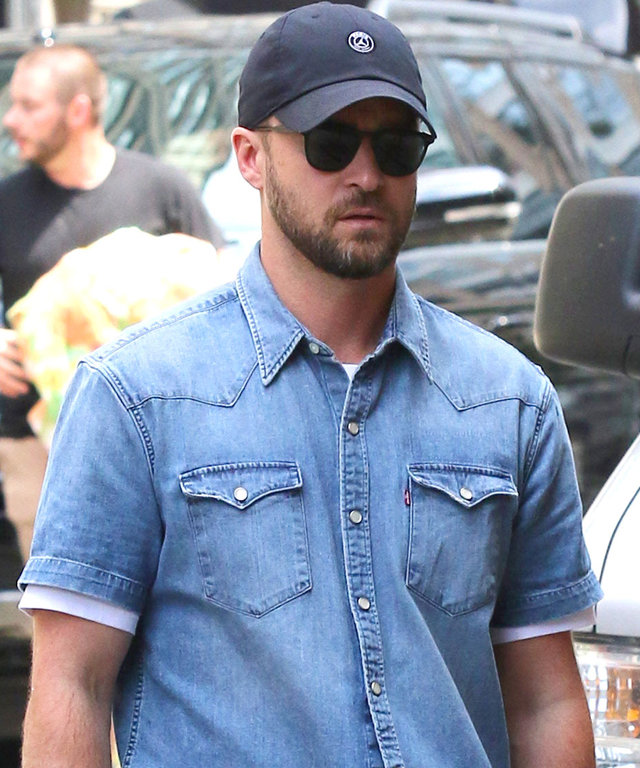 Justin Timberlake Revamped His And Britney Spears S Iconic Double Denim Look Instyle