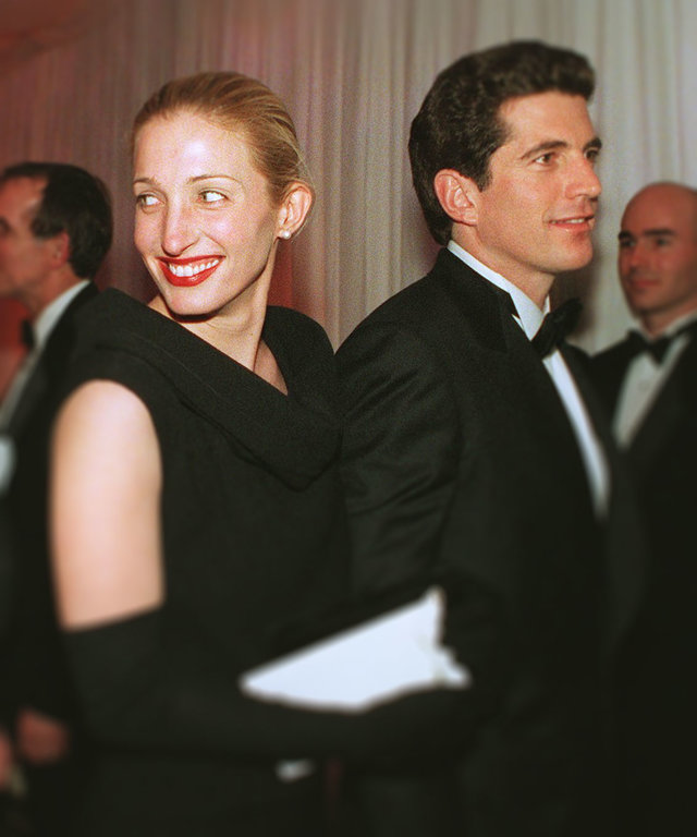Carolyn Bessette Obsessed with JFK Jr