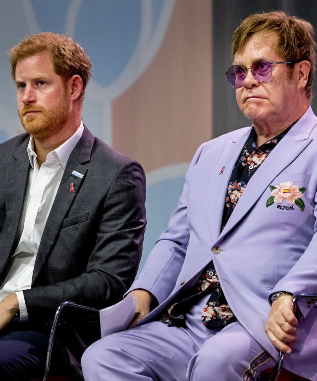 AMSTERDAM, NETHERLANDS - JULY 24: Sir Elton John and Prince Harry, Duke of Sussex attend the 2018 International AIDS Conference  on July 24, 2018 in Amsterdam, Netherlands. (Photo by Patrick van Katwijk/Getty Images)