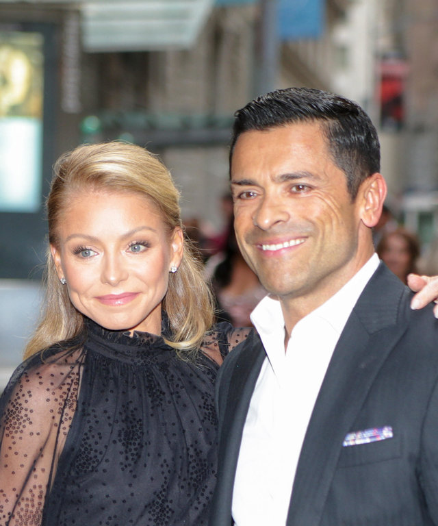 NEW YORK, NY - JUNE 17: Kelly Ripa and Mark Consuelos are seen on June 17, 2019 in New York City.  (Photo by gotpap/Bauer-Griffin/GC Images)