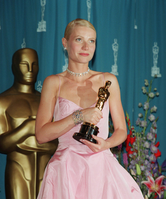 (Original Caption) Gwyneth Paltrow won an Oscar for best actress for her role in 'Shakespeare in Love'. (Photo by Frank Trapper/Corbis via Getty Images)