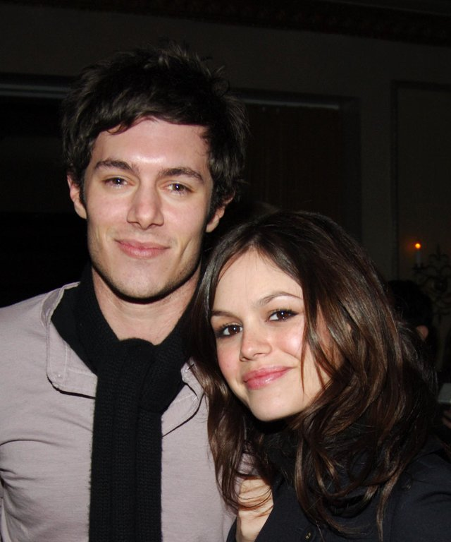 NEW YORK CITY, NY - FEBRUARY 6: Adam Brody and Rachel Bilson attend Afterparty for the MARC JACOBS Fall 2006 Fashion Show at 24 Fifth Ave on February 6, 2006 in New York City. (Photo by Joe Schildhorn/Patrick McMullan via Getty Images)