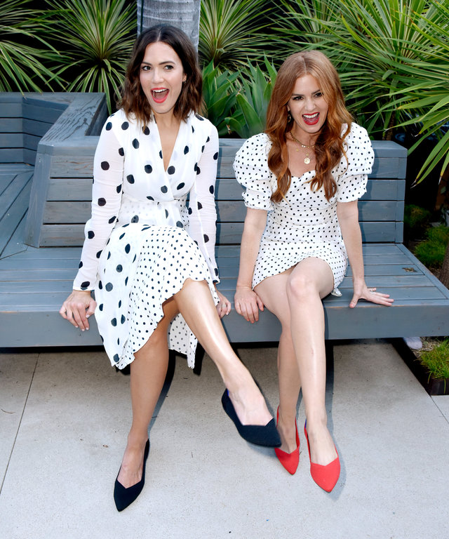 Mandy Moore and Isla Fisher Wearing Rothy's Flats
