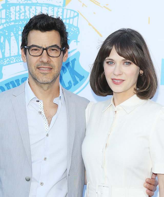 SANTA MONICA, CA - MAY 17:  Jacob Pechenik (L) and Zooey Deschanel attend the 2018 Heal The Bay's  Bring Back The Beach  Awards Gala held at The Jonathan Club on May 17, 2018 in Santa Monica, California.  (Photo by Michael Tran/FilmMagic)