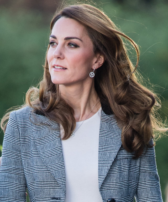 Kate Middleton Statement Trousers Lead