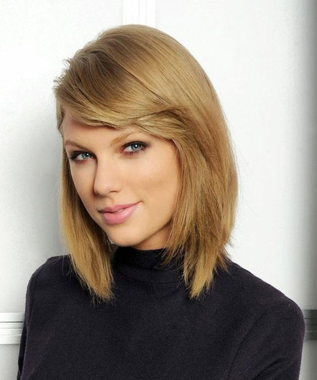 Taylor Swift S Short Haircut Was 6 Months In The Making Instyle Com