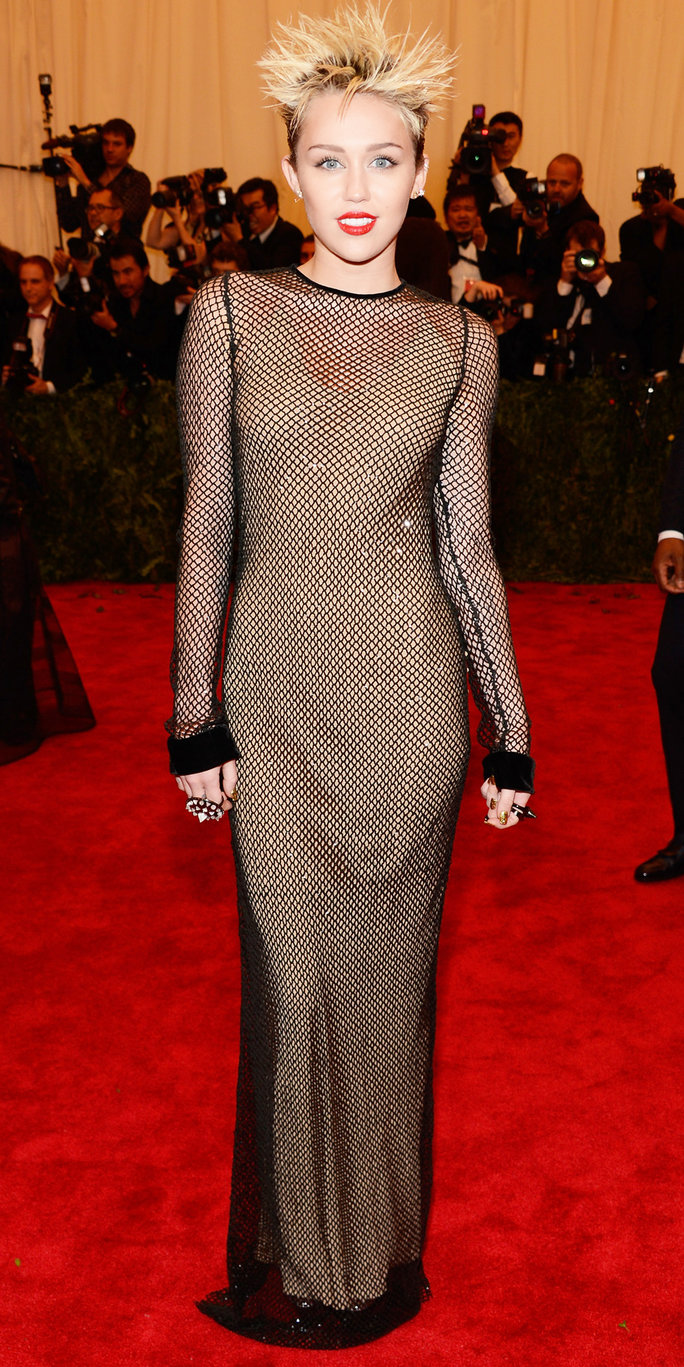 Miley Cyrus Best Red Carpet Looks Instyle Com