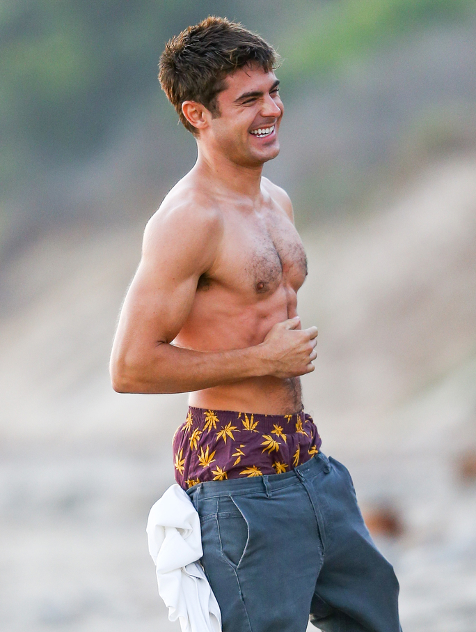 Zac Efron Shirtless - Lead