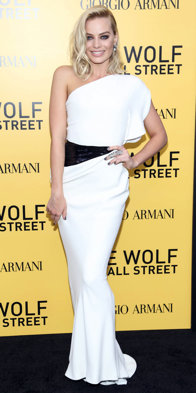 """The Wolf Of Wall Street"" New York Premiere - Outside Arrivals"