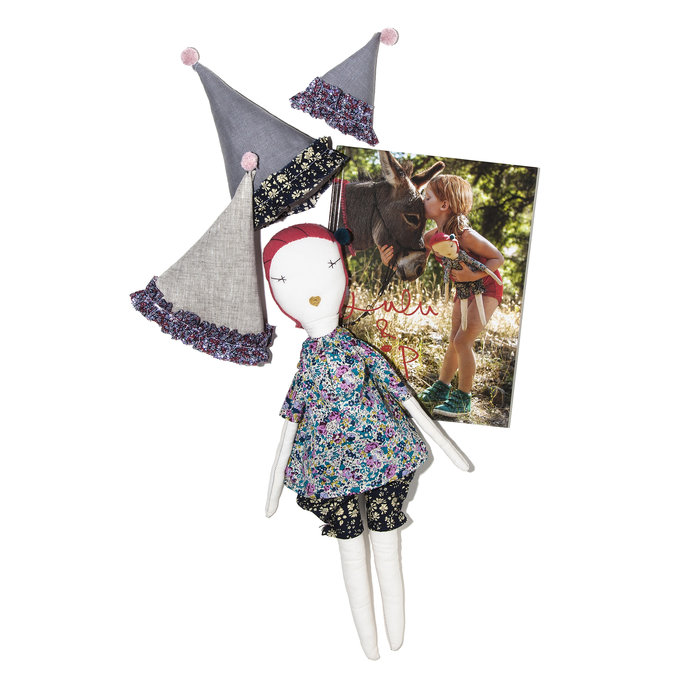 JESS BROWN DOLLS, HATS AND BOOK