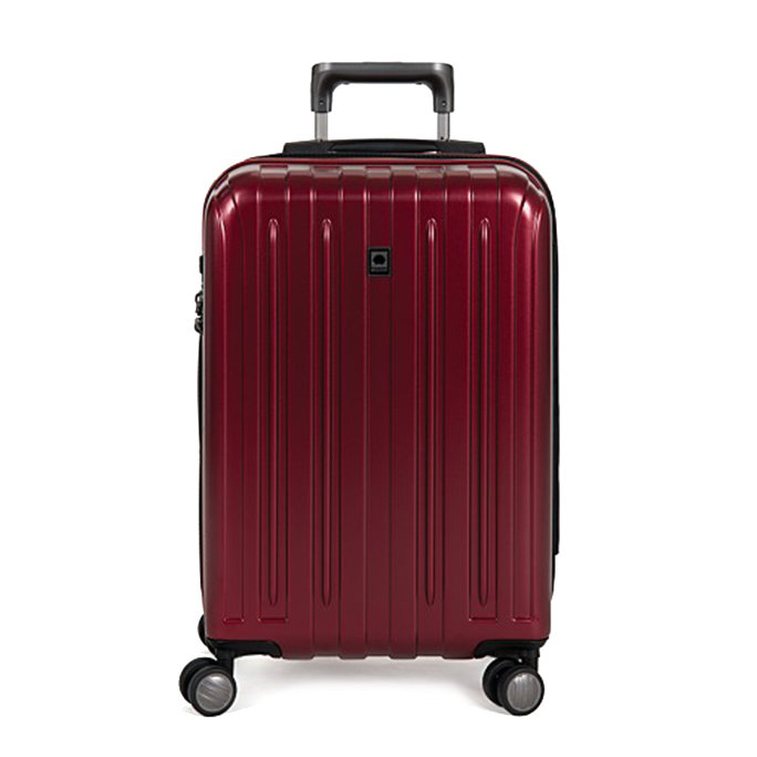 9 Pieces of Colorful Luggage That Won't Get Lost at the Airport