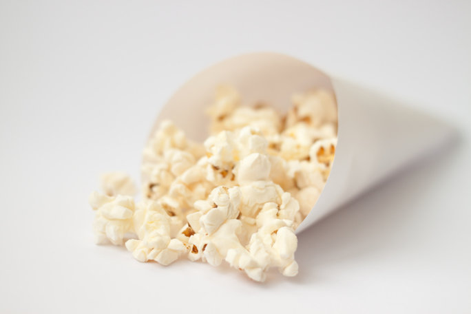Bet You Didn't Know Your Flat Iron Could Make Popcorn