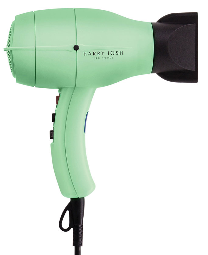 <p>Harry Josh Pro Dryer 2000</p>