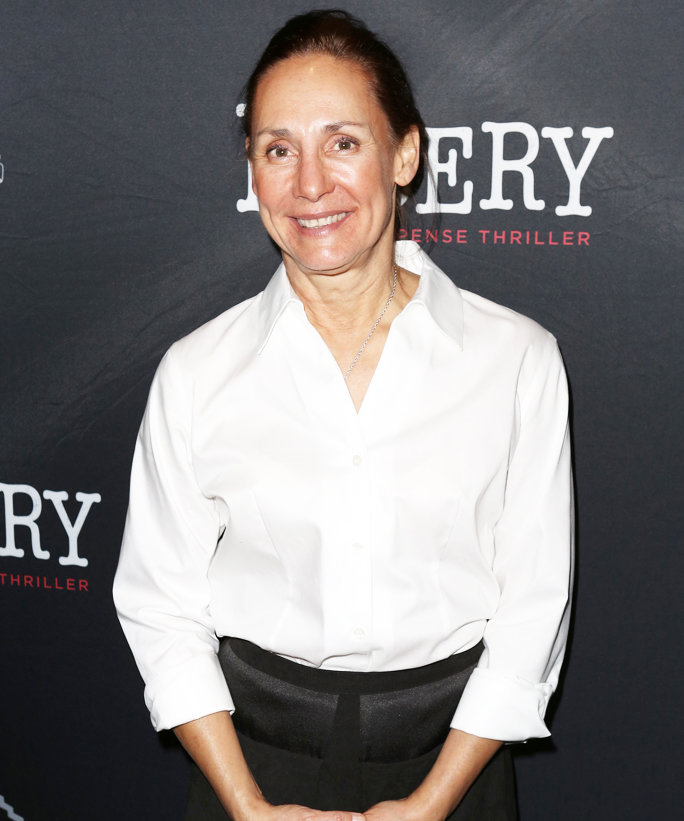 <p>LAURIE METCALF</p>