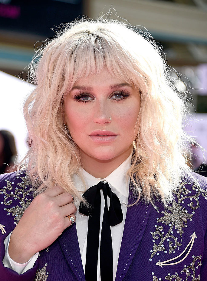The 10 Must-See Beauty Looks From the 2016 Billboard Music Awards
