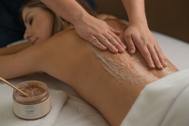 <p>Spa Treatment</p>