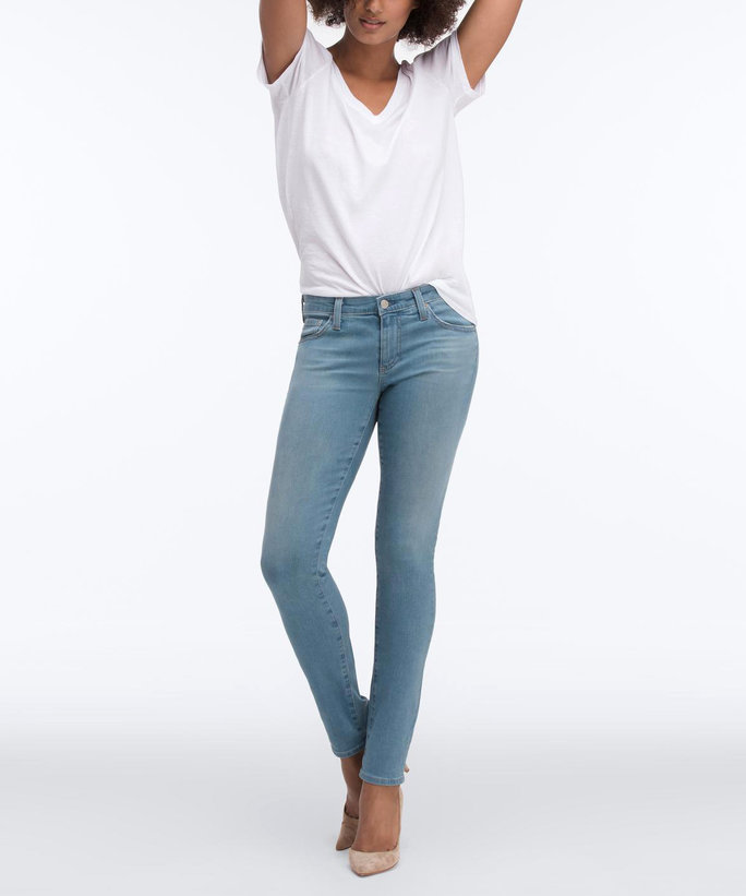 Best Jeans: NYDJ Barbara Modern Bootcut Jeans The uniformly dark wash shaves inches off Robin's lower body. The higher rise offsets fuller hips, and the waistband is cut to mimic the natural shape of the waist (so no gapping).