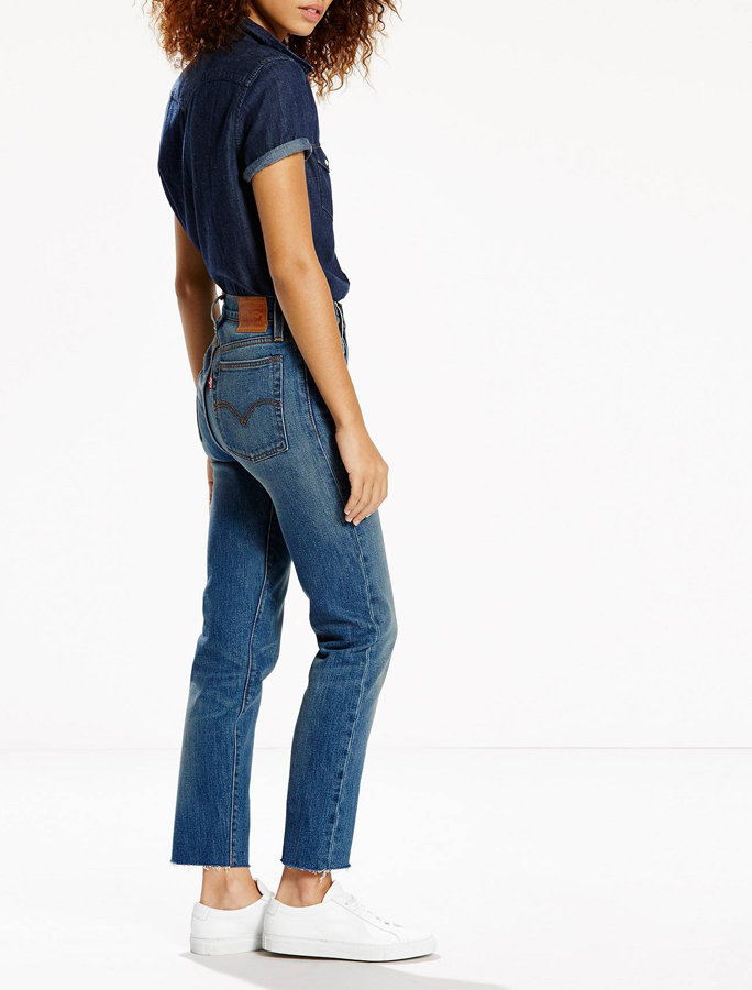 Marvelous A Guide To The Best Jeans For Flat Butts Instyle Com Short Hairstyles Gunalazisus