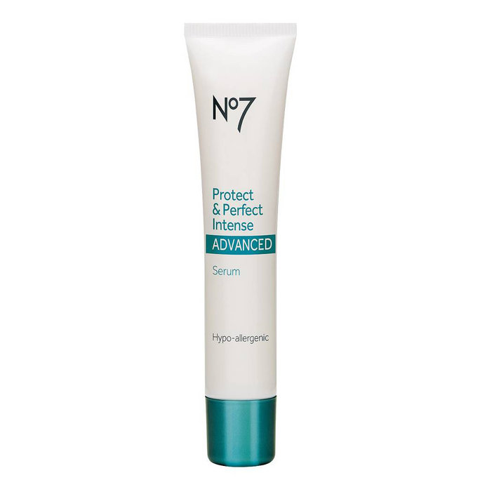 <p>Boots No7 Protect & Perfect Intense Advanced Anti-Aging Serum</p>