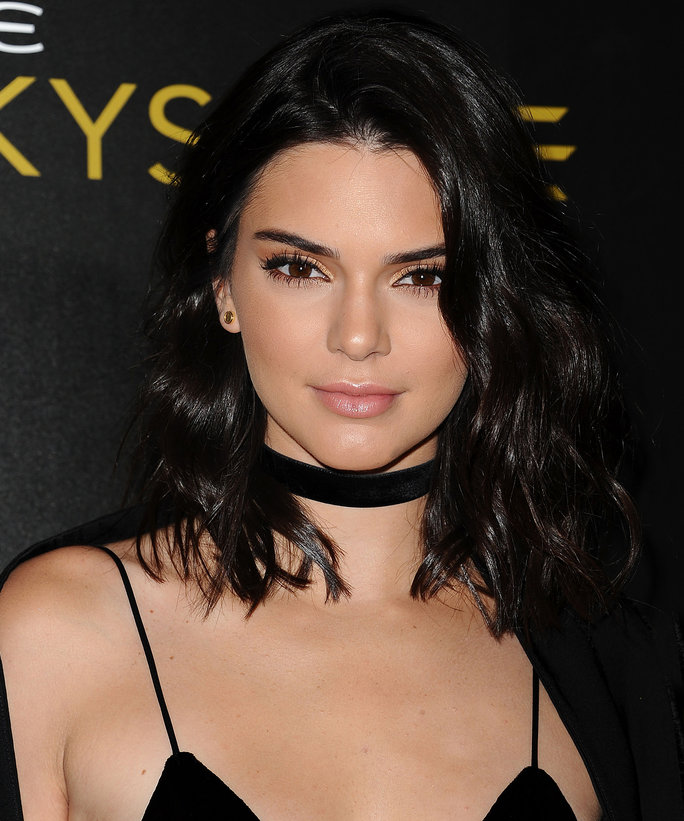 Kendall Jenner Chopped Her Hair Into Her Shortest Style ...