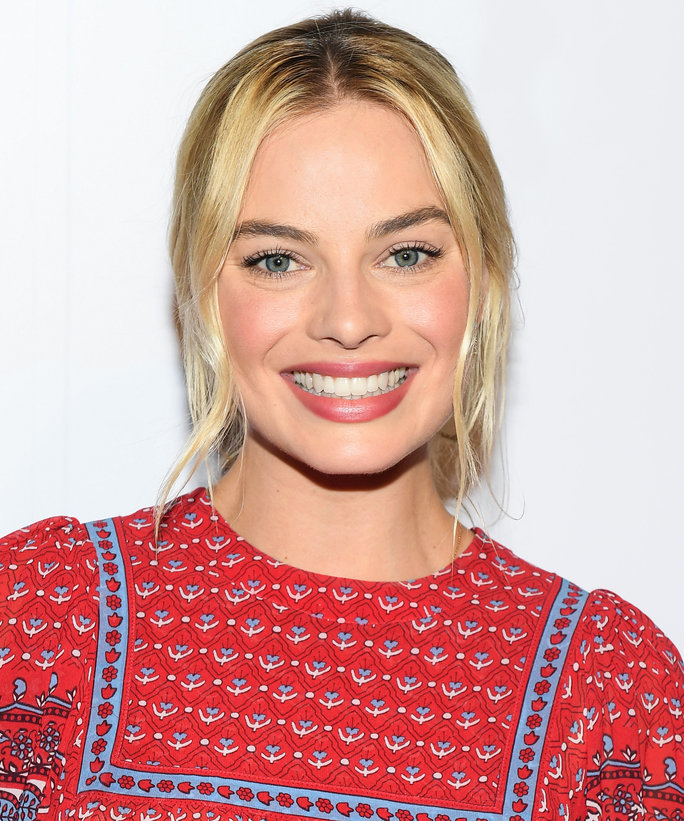Clone of Margot Robbie LEAD