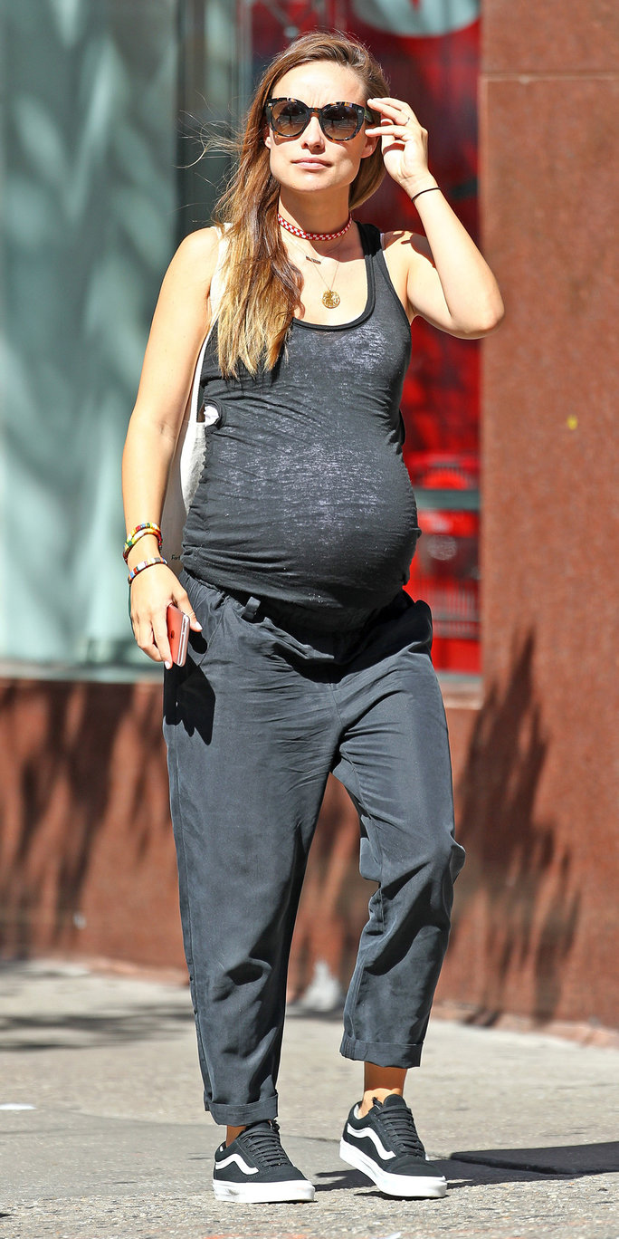 Olivia Wilde Shows Off Her Growing Bump In Fitted Workout